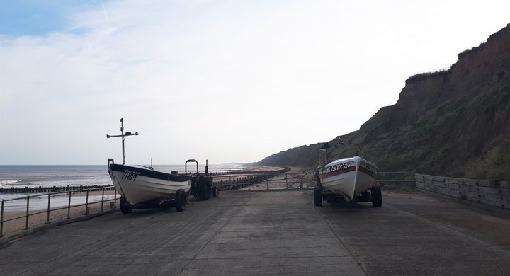 Boats on Mundesley beach, Norfolk - Alice Tebb