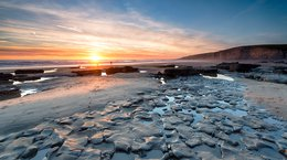 Sunset at Dunraven Bay Wales Helen Hotson